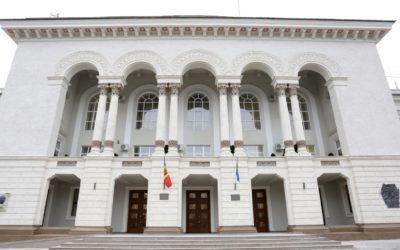 Declarație: politicienii trebuie să înceteze intimidarea judecătorilor